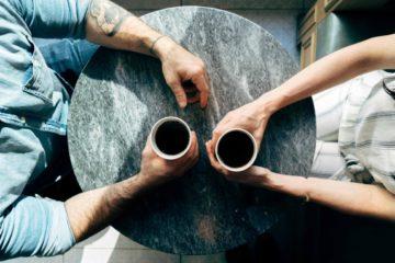 Mitarbeitergespräch-wir-müssen-reden